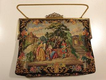 Vacker antikvintage broderad väska i petit point