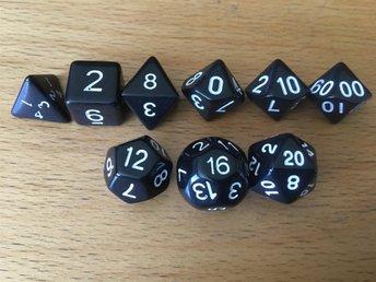 9 stycken Svarta tärningar rollspel T4, T6, T8, T10, T10, T12, T16, T20, T00-90 - Säffle - 9 stycken Svarta tärningar rollspel T4, T6, T8, T10, T10, T12, T16, T20, T00-90 - Säffle