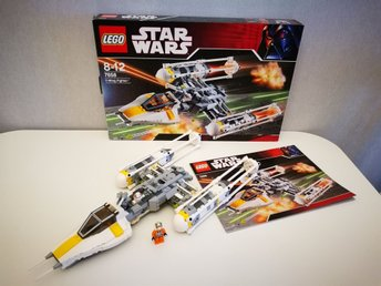 Y-wing fighter 7658 i hyllskick