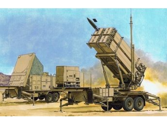 Dragon 1/35 MIM-104F PATRIOT SURFACE-TO-AIR MISSILE (SAM) SYSTEM (PAC-3) M901 LA
