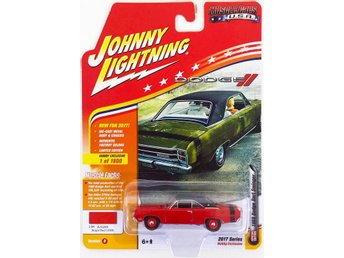 1969 Dodge Dart Swinger 1/64 Johnny >Lightning röd