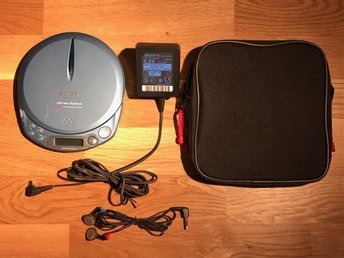 Sony Walkman Atrac3plus Mp3 CD-Spelare, D-NE511. med ac-adapter, väska, hörlurar