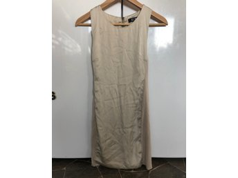 NWOT, klänning, BikBok, st.xs (419610970) ᐈ Köp på Tradera