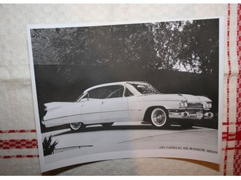 ÄLDRE FOTOGRAFI.  1959 CADILLAC SIX-WINDOWS SEDAN.