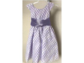 Festklänning näbbklänning barnklänning (340146092) ᐈ Köp på Tradera a4408470de5cd