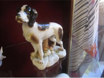 FIGURIN PORSLINSHUND TITO MADE IN SPAIN