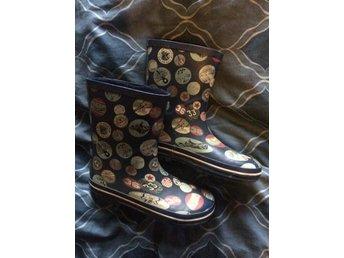 Gummistövlar regnstövlar i vintage rock retro s.. (382295782