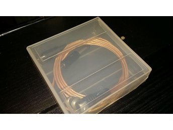 Smidig förvaring av kablar till QRP rigg, provutrustning m.m.! - Sala - Smidig förvaring av kablar till QRP rigg, provutrustning m.m.! - Sala