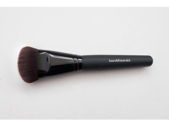 bareMinerals foundation borste luxe performance brush