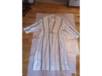 Helt Ny jättefin dam Kimono Jacka med knytban.. (396052531
