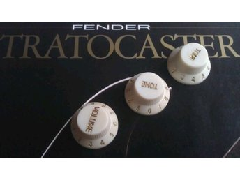 Stratocaster Aged and Heavy Relic Knobs Off White set Fender