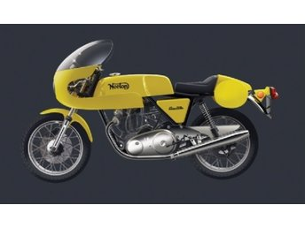 Italeri 1/12 NORTON COMMANDO 750cc