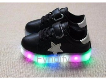Barnskor Glowing Sneakers LED Strlk 30 Svart