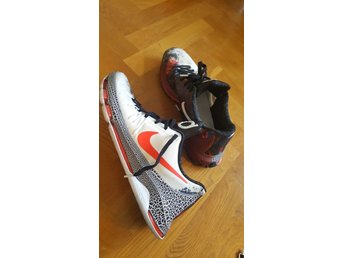 Nike Limited edition supersnygga strl  48.5 men mera som 46.5