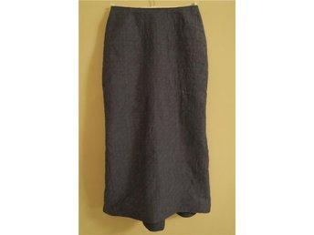 Matlasserad kjol i linne från Maria Maruschka storlek 38 (se mått) - Huddinge - Matlasserad kjol i linne från Maria Maruschka storlek 38 (se mått) - Huddinge