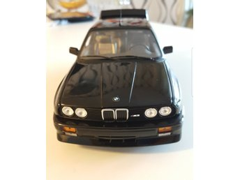 BMW M3 E30 MINICHAMPS 1/18