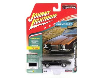 1971 Chevrolet Monte Carlo 1/64 Johnny Lightning svart