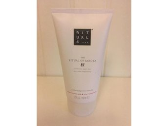 RITUALS OF SAKURA Rice Scrub 150 ml NY