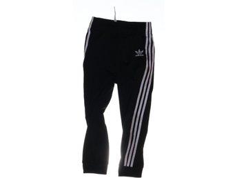 Adidas Originals, Byxor, Strl: 104, Svart