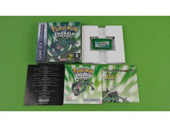 Pokemon Emerald Version KOMPLETT I MYCKET FINT SKICK GBA Gameboy Advance