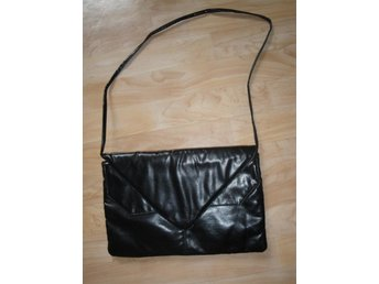 Liten väska med fransar 3a8c5e55545f8