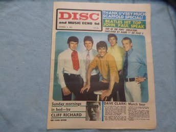 DISC DEC 9 -67 DAVE CLARK FIVE CLIFF BEATLES SCAFFOLD HENDRIX DAVE DAVIES