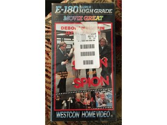 Spion mot Spion/For the love of it -VHS INPLASTAD (Adam West,Jeff Conway)
