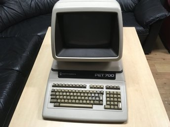 Commodore PET Model 710 med sv tangentbord very rare