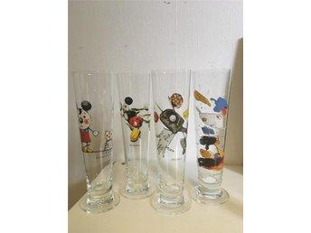4 stk fina Lasse Åberg ölglas och 2 små snapsglas - Nödinge - 4 stk fina Lasse Åberg ölglas och 2 små snapsglas - Nödinge