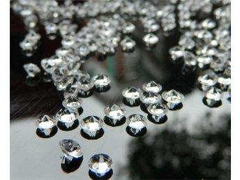 2000 st diamanter konfetti diamant dukning bröllop dekor - Perstorp - 2000 st diamanter konfetti diamant dukning bröllop dekor - Perstorp