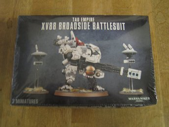 Warhammer 40 000-Tau Empire XV88 Broadside Battlesuit