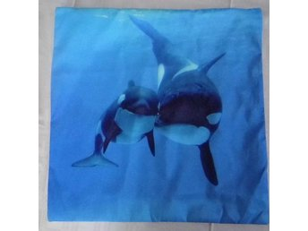 Val Kudde / Whale Cushion Cover