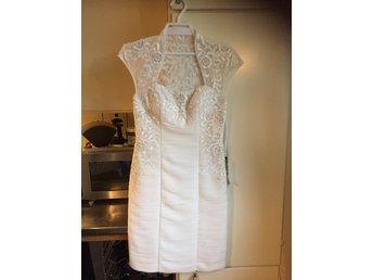 Svart fest klänning med pärlor festklänning (342267716) ᐈ Köp på ... 55ebe3ce492bf