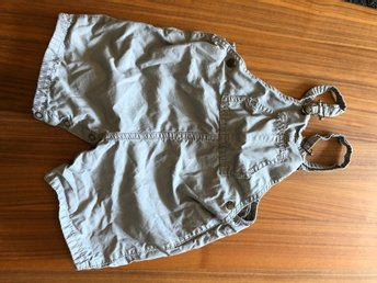 Javascript är inaktiverat. - Johanneshov - Cute grey overalls in perfect condition! Great for summer! - Johanneshov