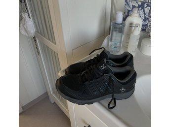 Nike skor, NYA, storlek 38.5, Fri Frakt (360876144) ᐈ Köp