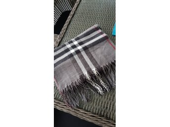 Helt ny halsduk sjal scarf i grå färg med fint .. (336001941) ᐈ Köp ... 523f2b5ef6930