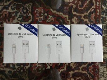 1m iPhone Laddara USB Kabel Kablar Cable 5-5s-6-6Plus+-6s-6splus+-7-7plus+/8/8 - Falköping - Rea, Rea, Rea Mobil tillbehör säljes billigt. 1 Stycken New OEM Original Laddara USB Kabel Kablar Cable 5/5s/SE/6/6s/6 plus/7/7plus/8/8 plus/ipad/ipod Priset: 150 kr Skickat Vanligt brev Om du vill ha bulkkvantitet kontakta oss Om Oss : - 1 - Falköping