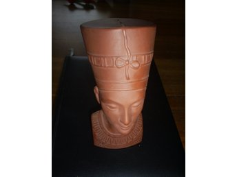 """Nefertite"" Terracotta"