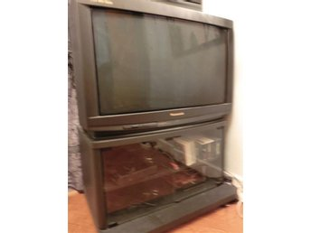 "Panasonic wide screen 32"" TV"