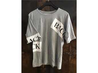 Tshirt med tryck från exklusiva Ann-Sofie Back, grå i storlek 40 - Frösön - Tshirt med tryck från exklusiva Ann-Sofie Back, grå i storlek 40 - Frösön