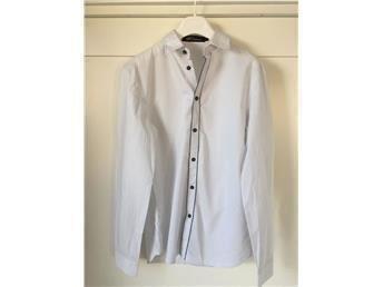 J.LINDEBERG skjorta ombloggad stilig JL herr skjorta nyskick storlek S - Limhamn - J.LINDEBERG skjorta ombloggad stilig JL herr skjorta nyskick storlek S - Limhamn