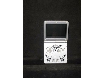 Game Boy Advance SP Tribal Edition -  AGS.001 + Laddare