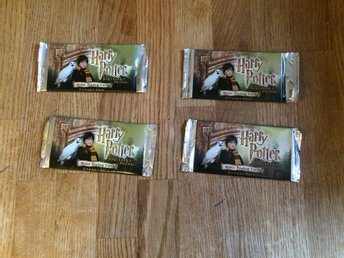HARRY POTTER AND THE SORCERER´S STONE  MOVIE TRADING CARD 4 ST PAKET INPLASTADE