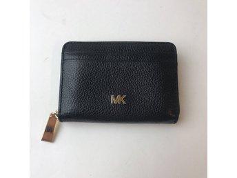 mk plånbok svart