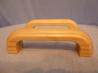 25 Handtag i trä sköna att greppa. CC 88 - 96 mm. - Norrtälje - 25 Handtag i trä sköna att greppa. CC 88 - 96 mm. - Norrtälje