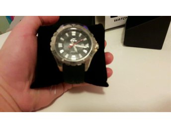 Klocka - Gul Watches force 46 PU Black
