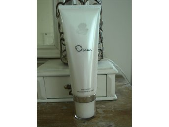 Oscar de la Renta body lotion 200ml