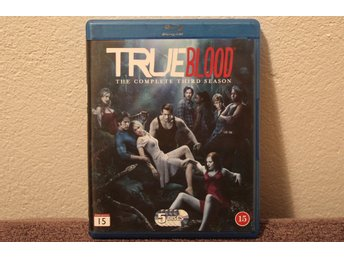 TRUE BLOOD  THE COMPLETE THIRD SEASON   BLU-RAY
