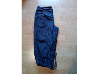 baggy jeansshorts knickers w30 shorts - Södertälje - baggy jeansshorts knickers w30 shorts - Södertälje