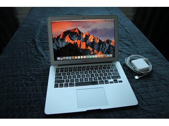 "Apple Macbook Air 13"" Intel Core i7 - 256GB SSD - 8GB Minne"